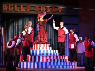 "Premiere ""Hello, Dolly!"" voller Erfolg"